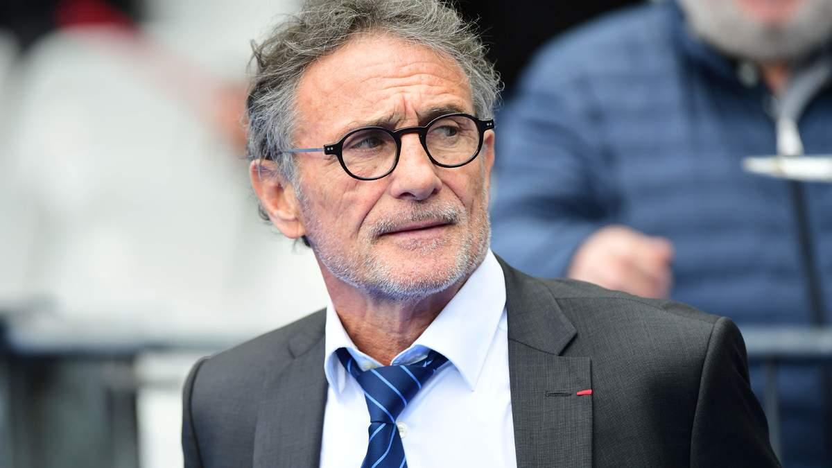 Guy Novès doit-il rester à la tête du XV de France?
