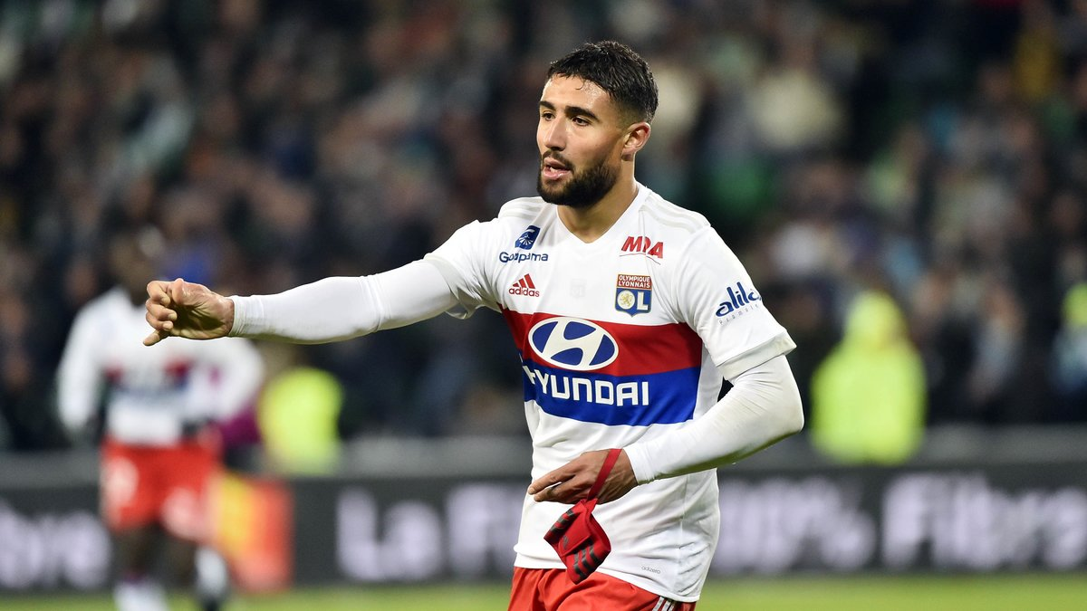 Fekir répond au Barça — Lyon
