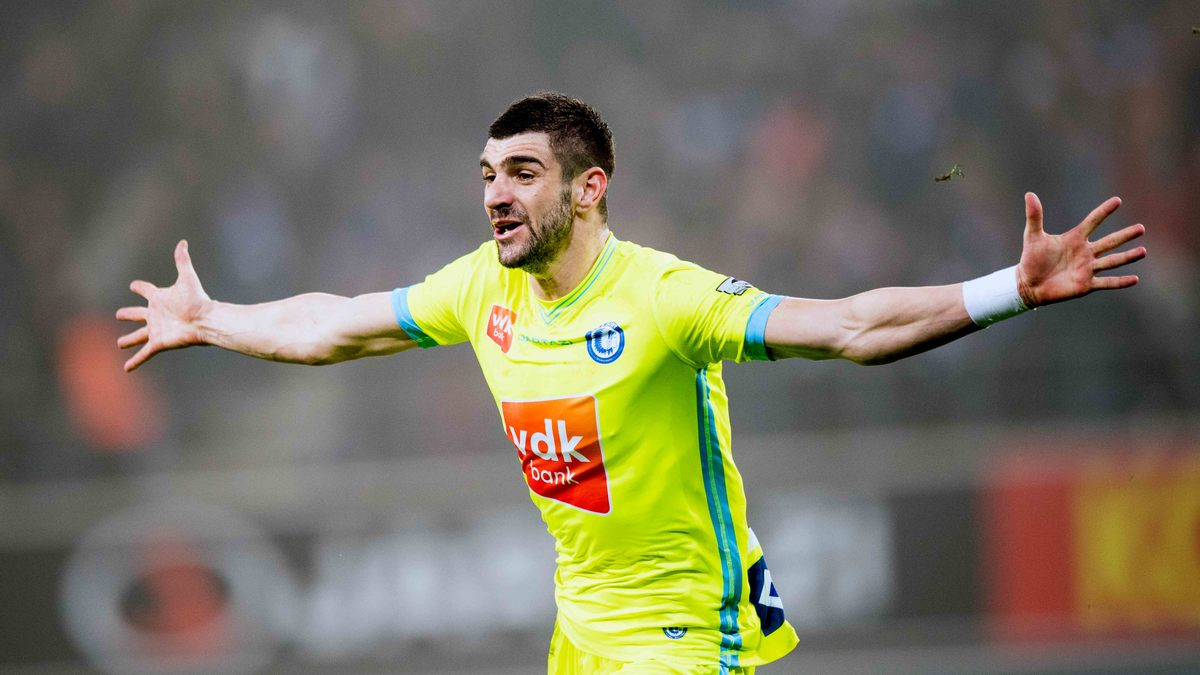 Officiel : l'ASSE s'offre Mitrovic !
