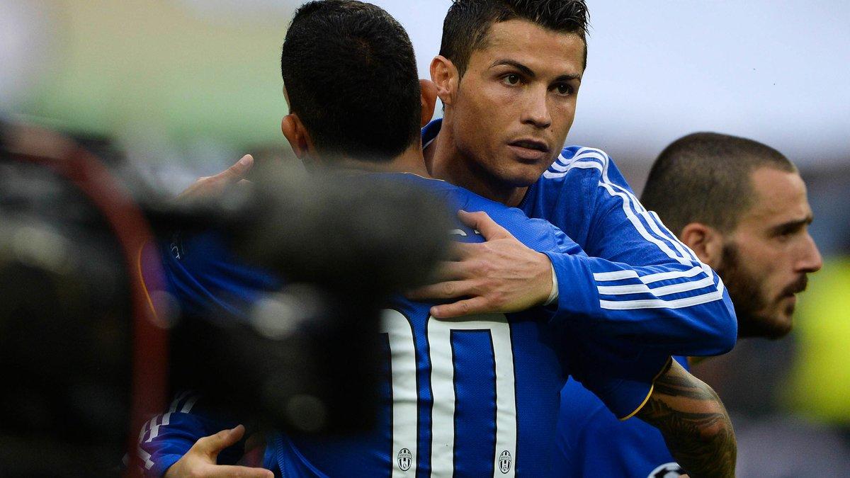 Tevez et la différence Messi-Ronaldo — Divers