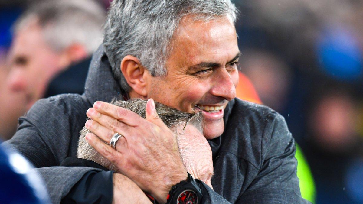 Man. City conforte sa place de leader, Tottenham s'offre Man. United