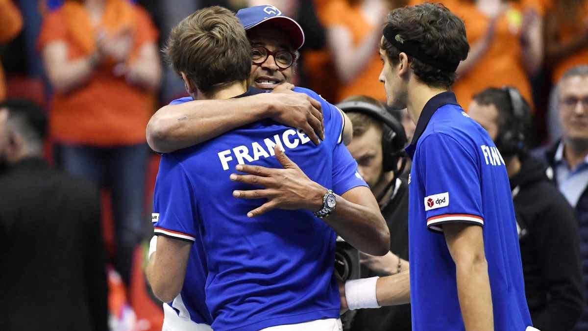 Tennis tennis coupe davis noah se r jouit de la victoire du double - Victoire france coupe davis ...
