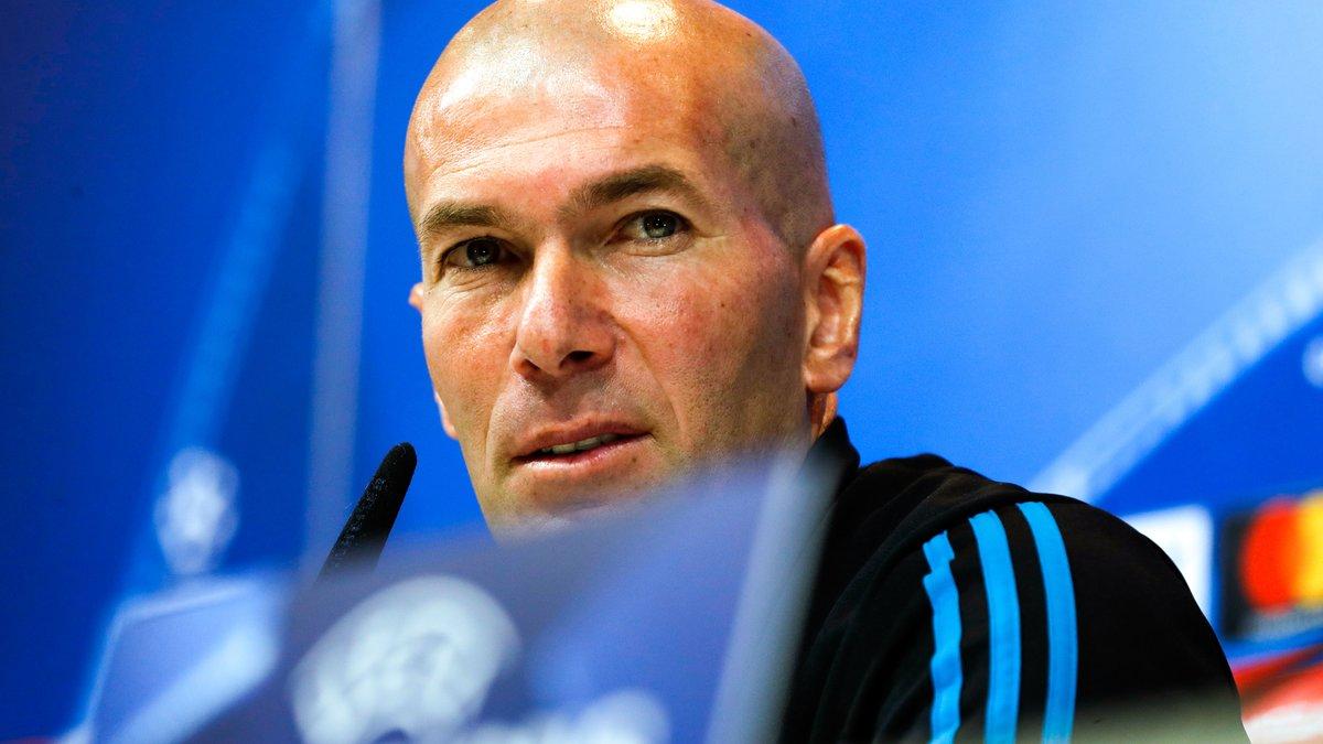 Zinédine Zidane jubile après sa victoire contre le PSG