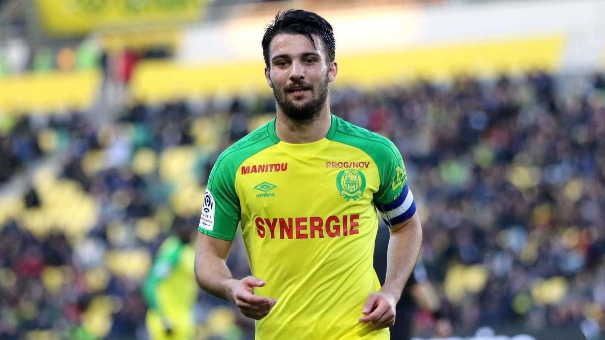 Accusé d'avoir triché contre Lyon, Dubois refuse de répondre à Kita — FCN