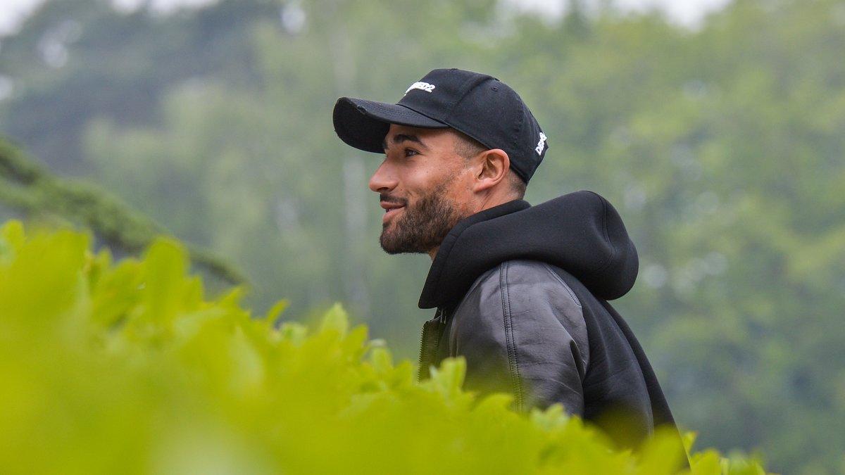 Ribéry cartonne Deschamps en saluant Benzema — Équipe de France