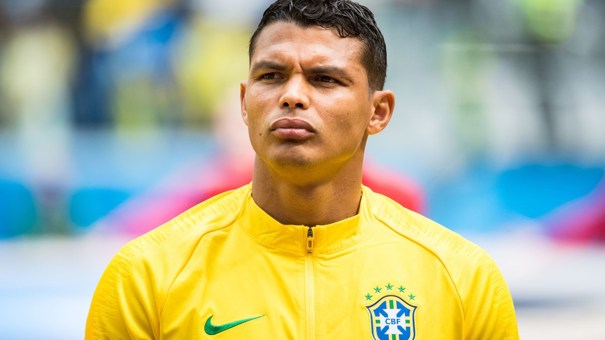 Thiago Silva attend Neymar face au Mexique — Brésil