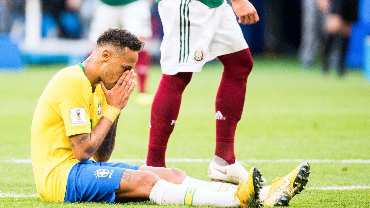 Mondial 2018: Neymar a fait perdre 14 minutes de jeu