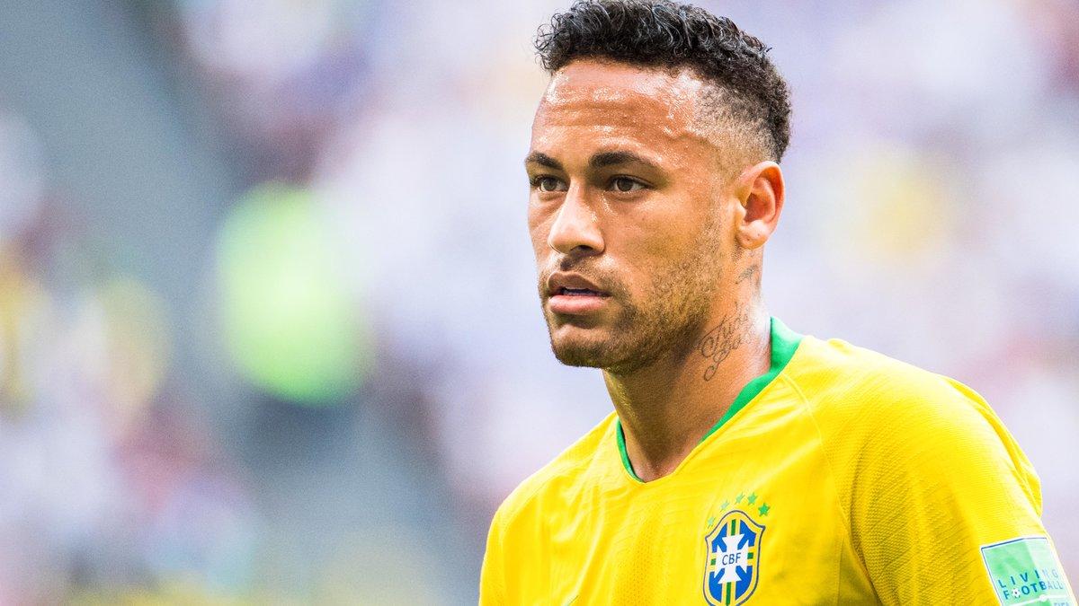 Avec ses simulations, Neymar aurait fait perdre 14 minutes de jeu
