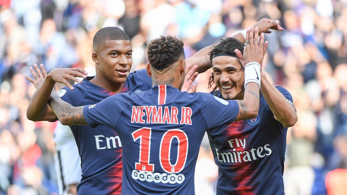 Psg Psg Mbappé Cavani Neymar Marco Verratti Senflamme Pour