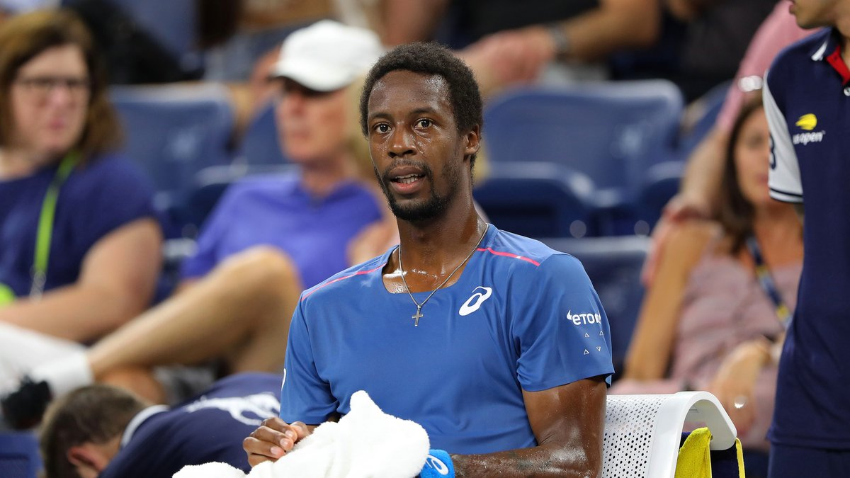 Monfils abandonne au 2e tour, touché au poignet droit — US Open