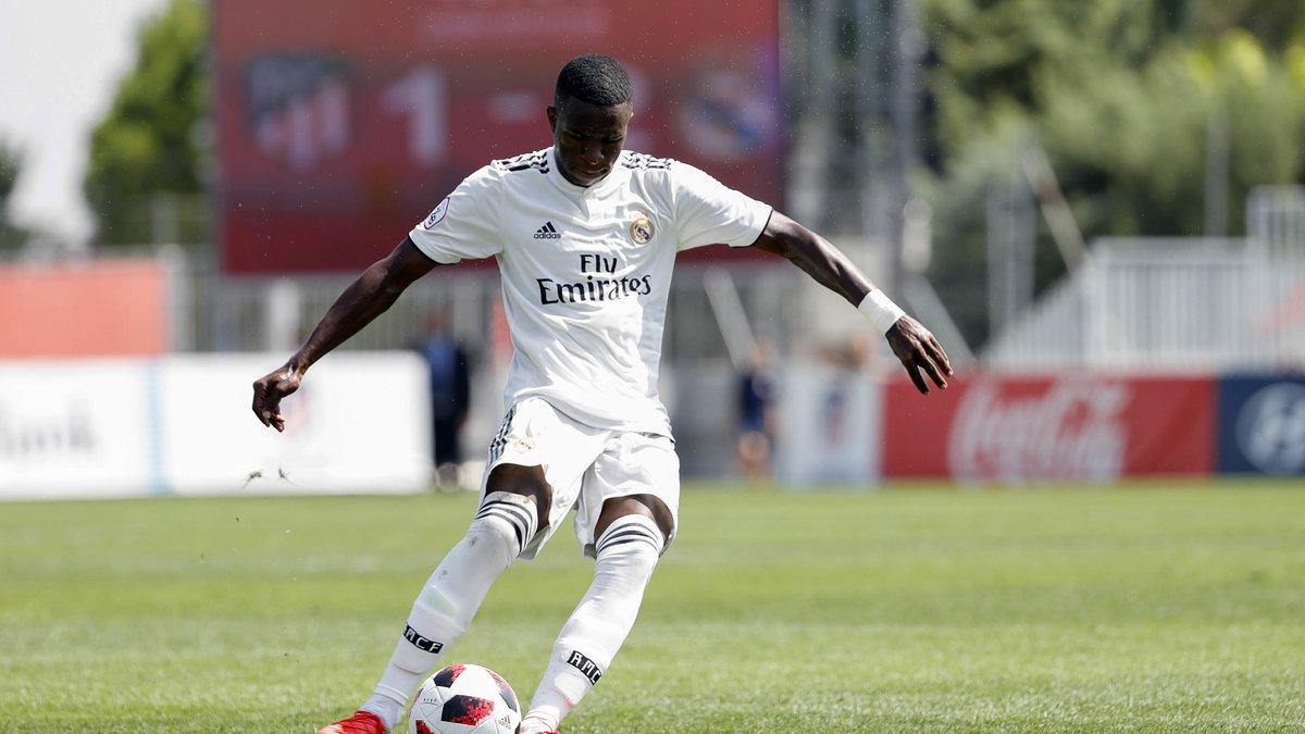 Real Madrid : Vinicius Jr fait passer un message sur sa situation
