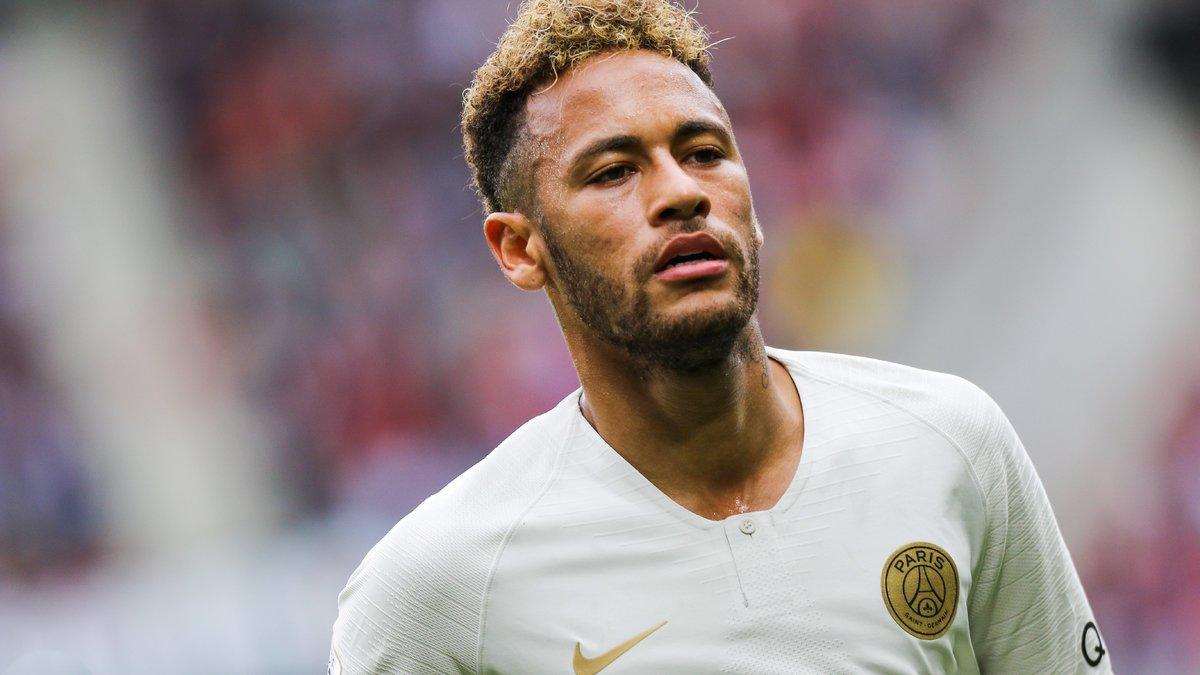 Neymar et Cavani se font des passes, et il adore ça — PSG