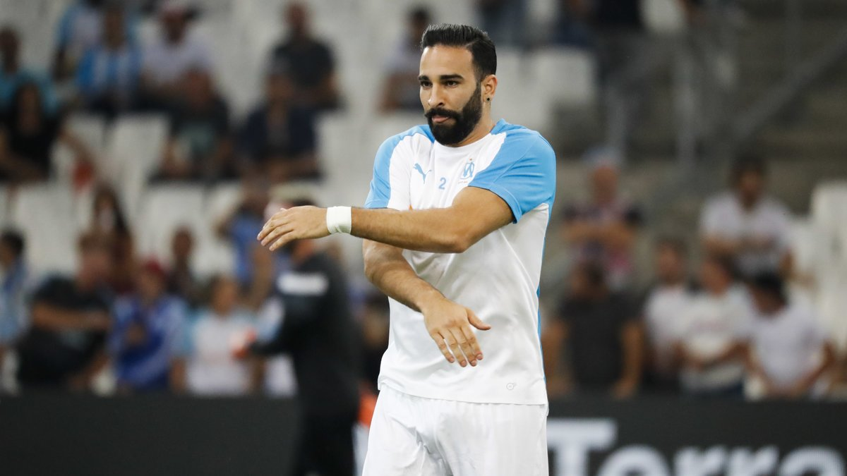 Pamela Anderson, première supportrice d'Adil Rami pendant OM-Caen