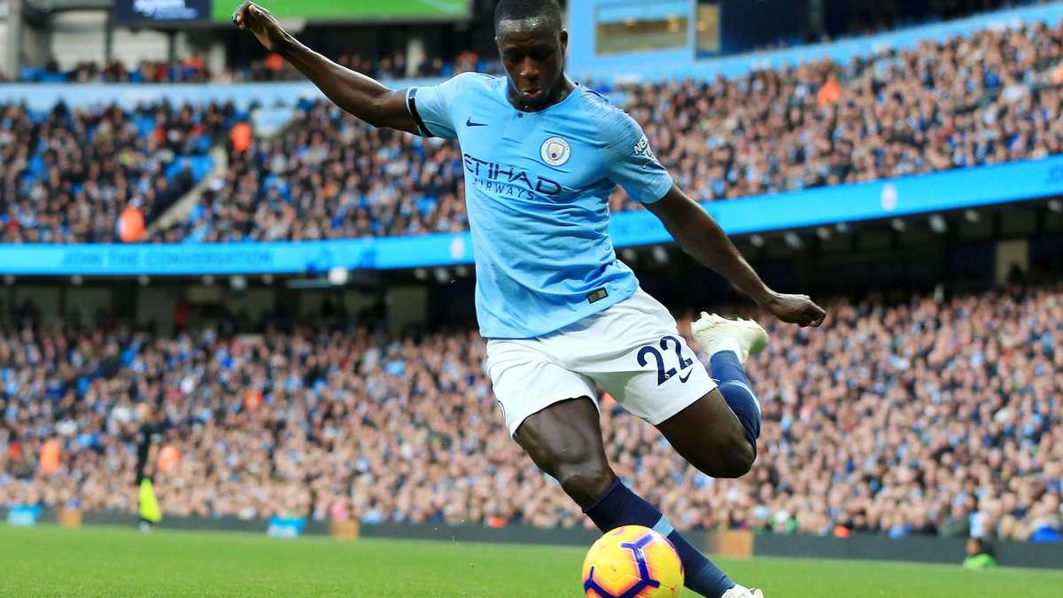 Manchester City : Didier Deschamps lance un avertissement à Benjamin Mendy