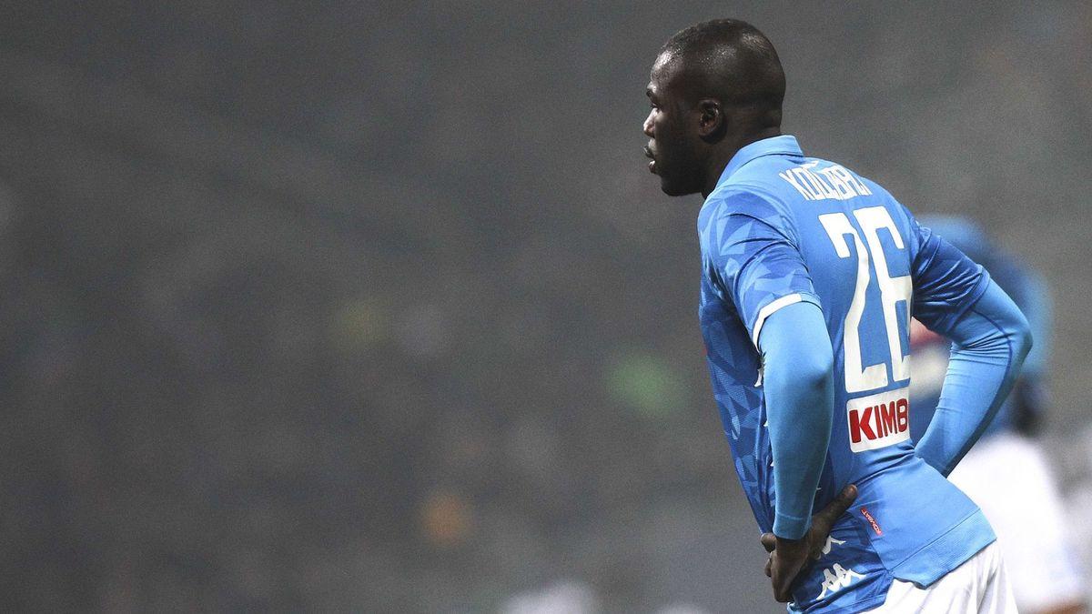 Manchester United : Le clan Koulibaly évoque un départ… pour 120M€