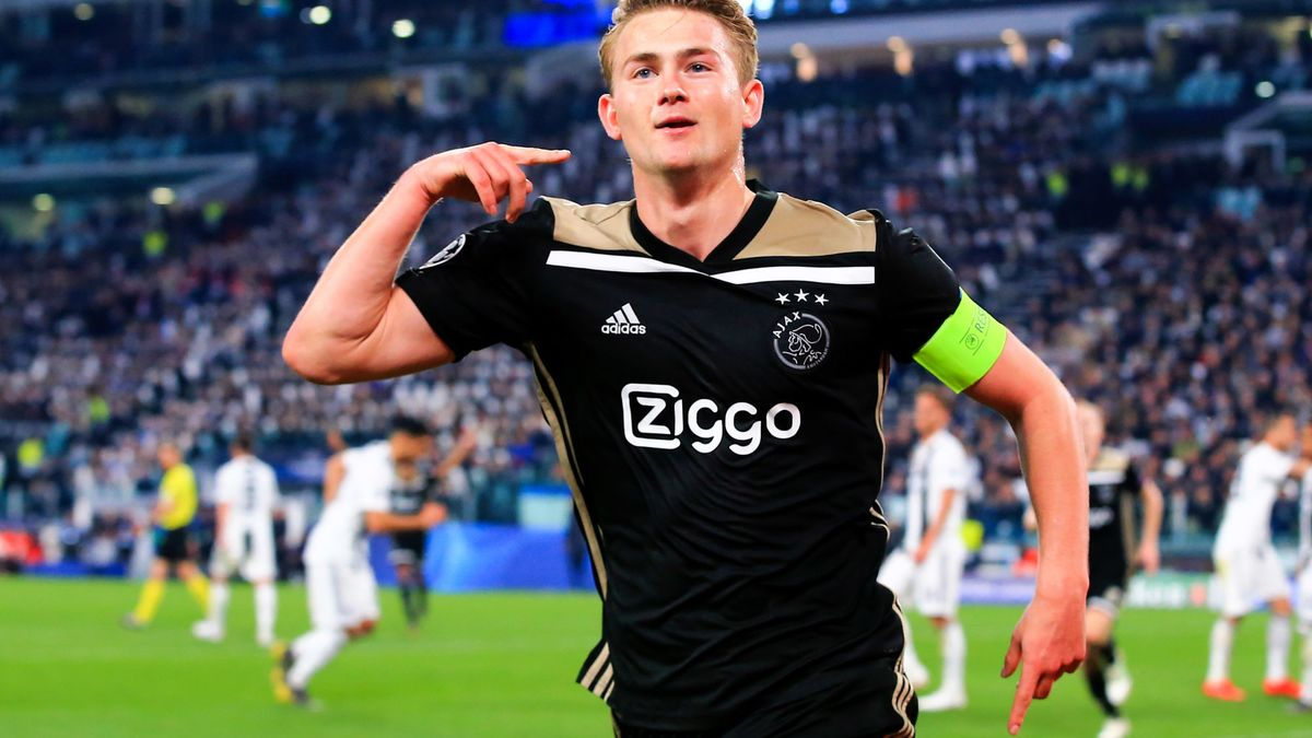 L'Ajax Amsterdam confirme pour De Ligt — International