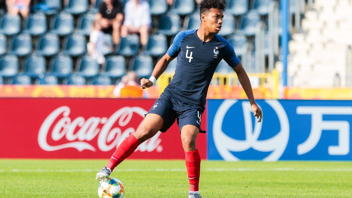 L'OM lorgne sur l'ex défenseur de Rennes, Joris Gnagnon (FC Séville)