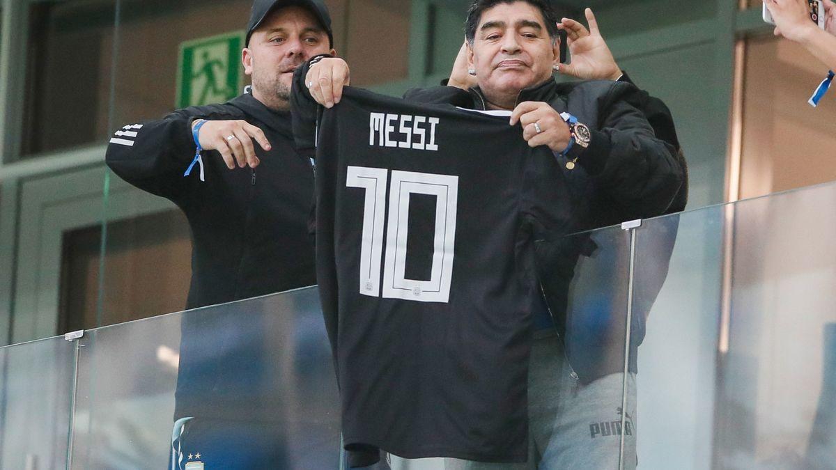 Barcelone : L'hommage inattendu de Maradona à Messi !
