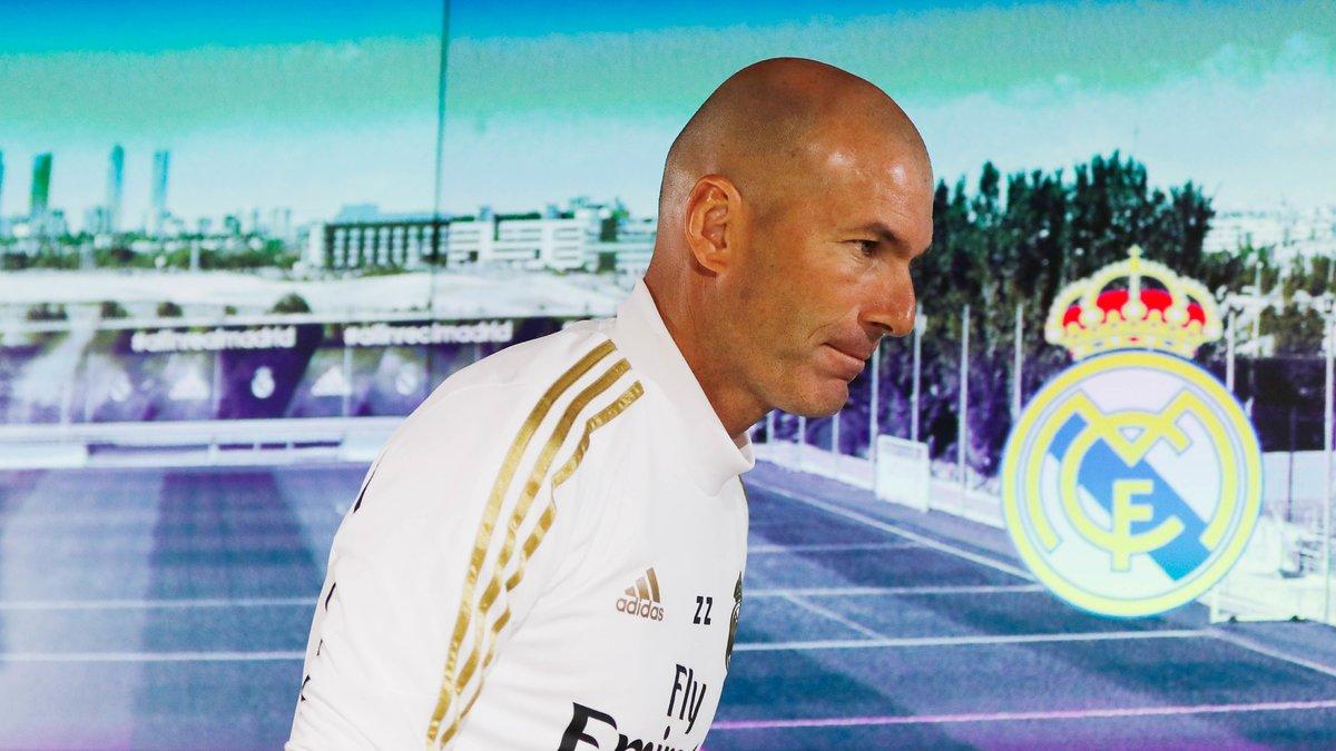 Mercato - Real Madrid : Le vestiaire aurait fait une terrible prédiction sur l'avenir de Zidane !