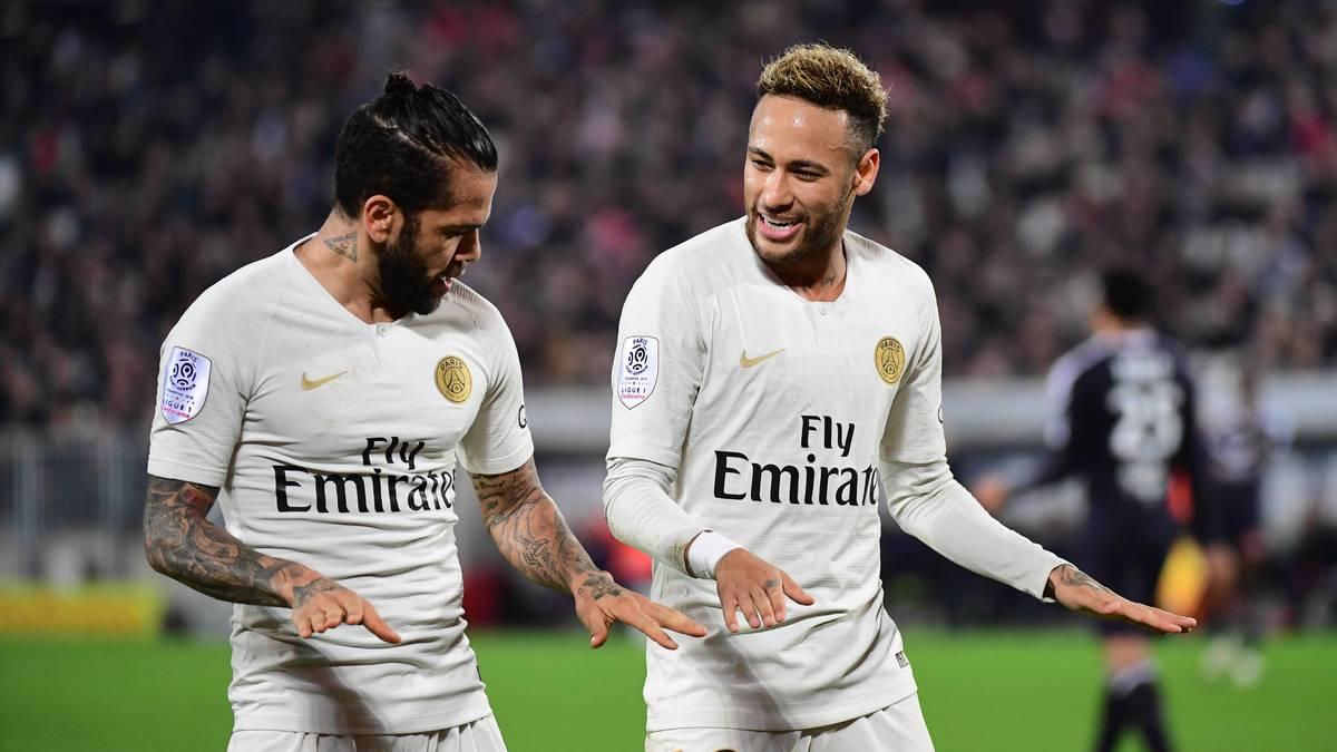 Mercato - PSG : Neymar affiche ses regrets pour le départ de Dani Alves !