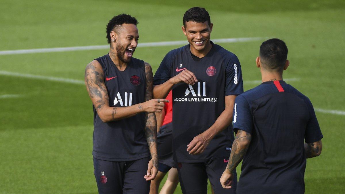 PSG - Malaise : Thiago Silva envoie un message très fort à Neymar !