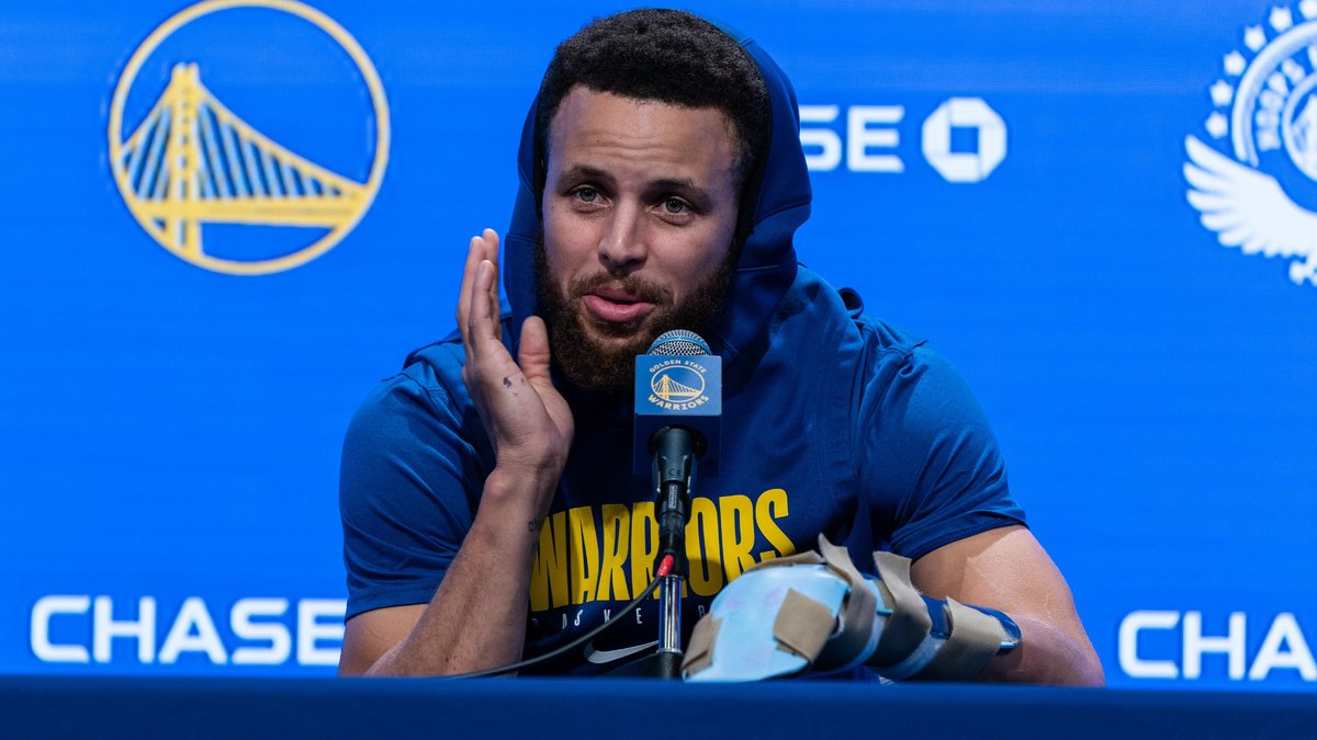 Basket - NBA : Stephen Curry avertit la NBA pour ses Warriors !