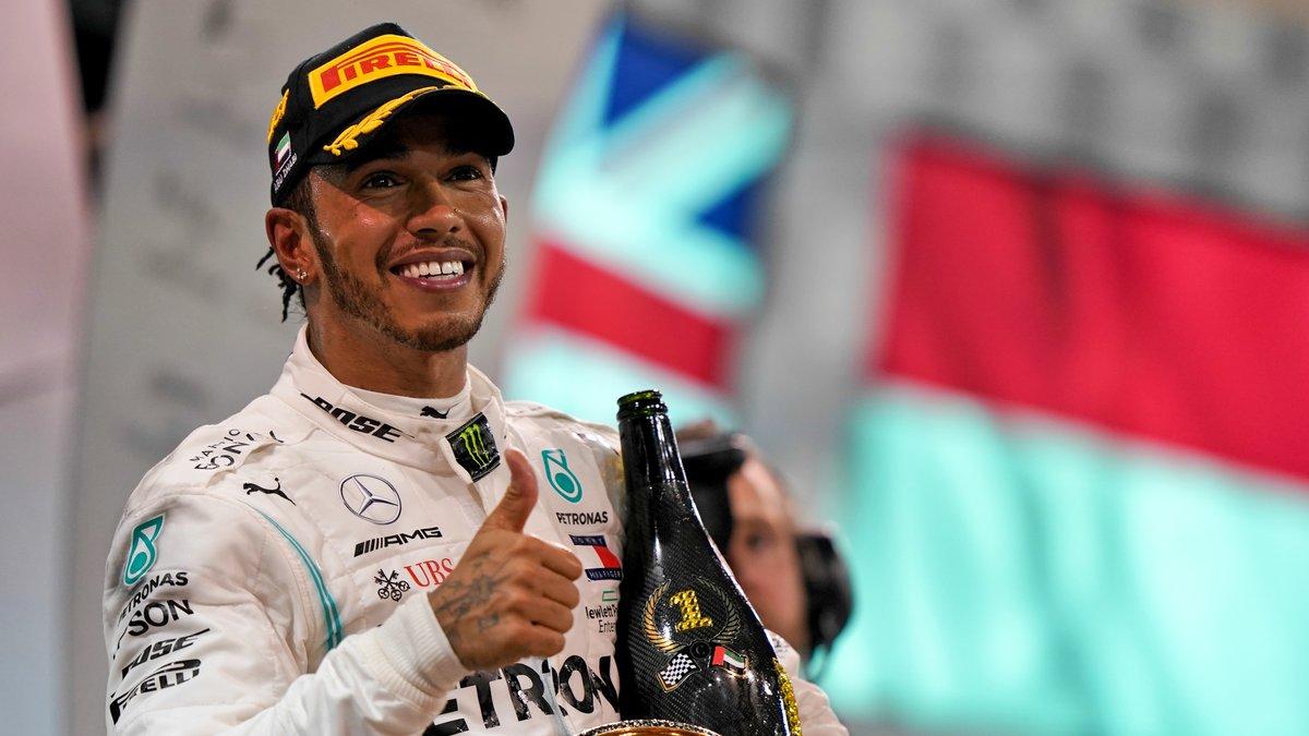 Formule 1 : Lewis Hamilton prêt à rejoindre Ferrari ? Il répond !