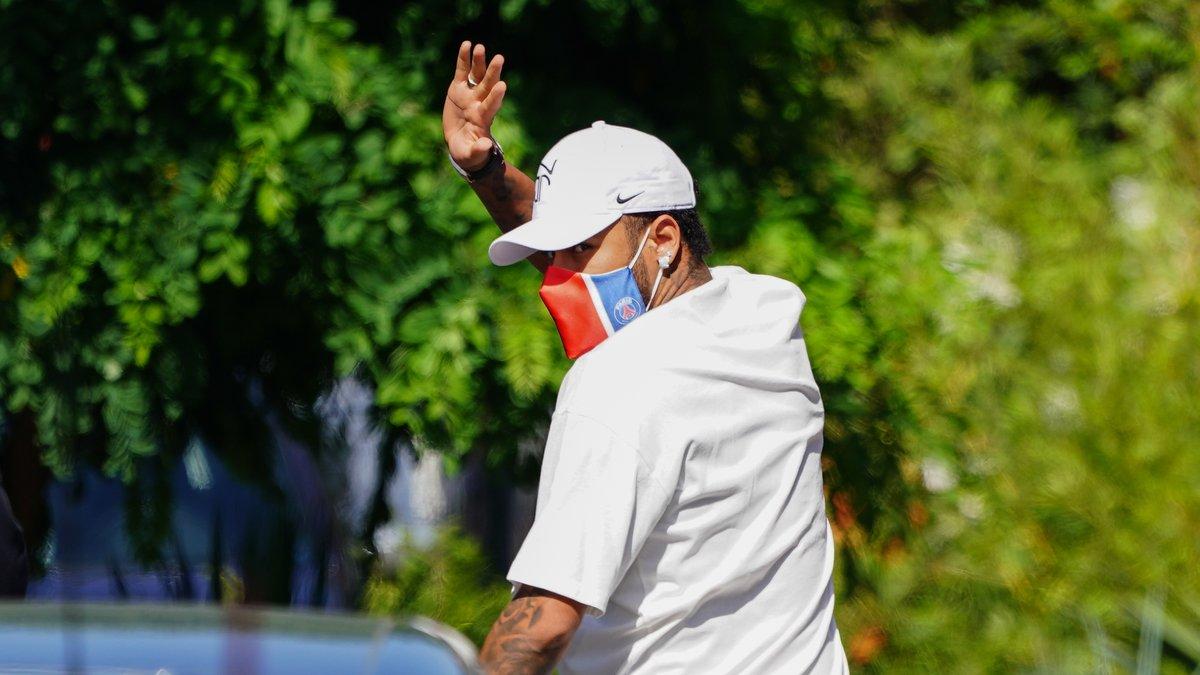 Mercato - PSG : Leonardo prêt à prendre une décision radicale pour l'avenir de Neymar ?