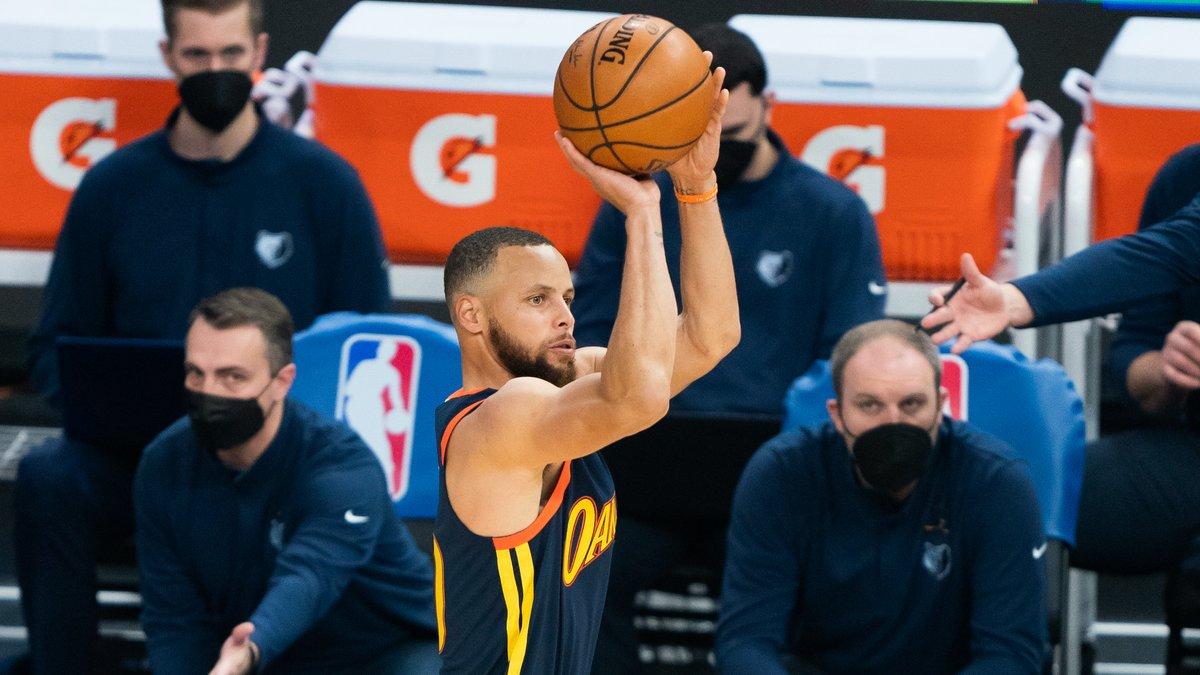 Basket - NBA : Iguodala rend un incroyable hommage à Curry !