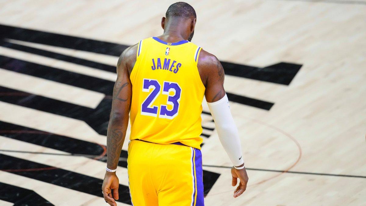 Basket : Les trois meilleurs joueurs de NBA ? LeBron James se fait snober !