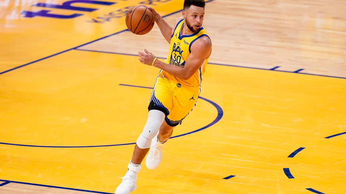 Basket - NBA : La joie de Stephen Curry après sa prolongation chez les Warriors !