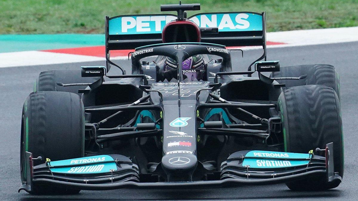 Formule 1 : Hamilton reçoit un message fort dans son duel face à Verstappen !