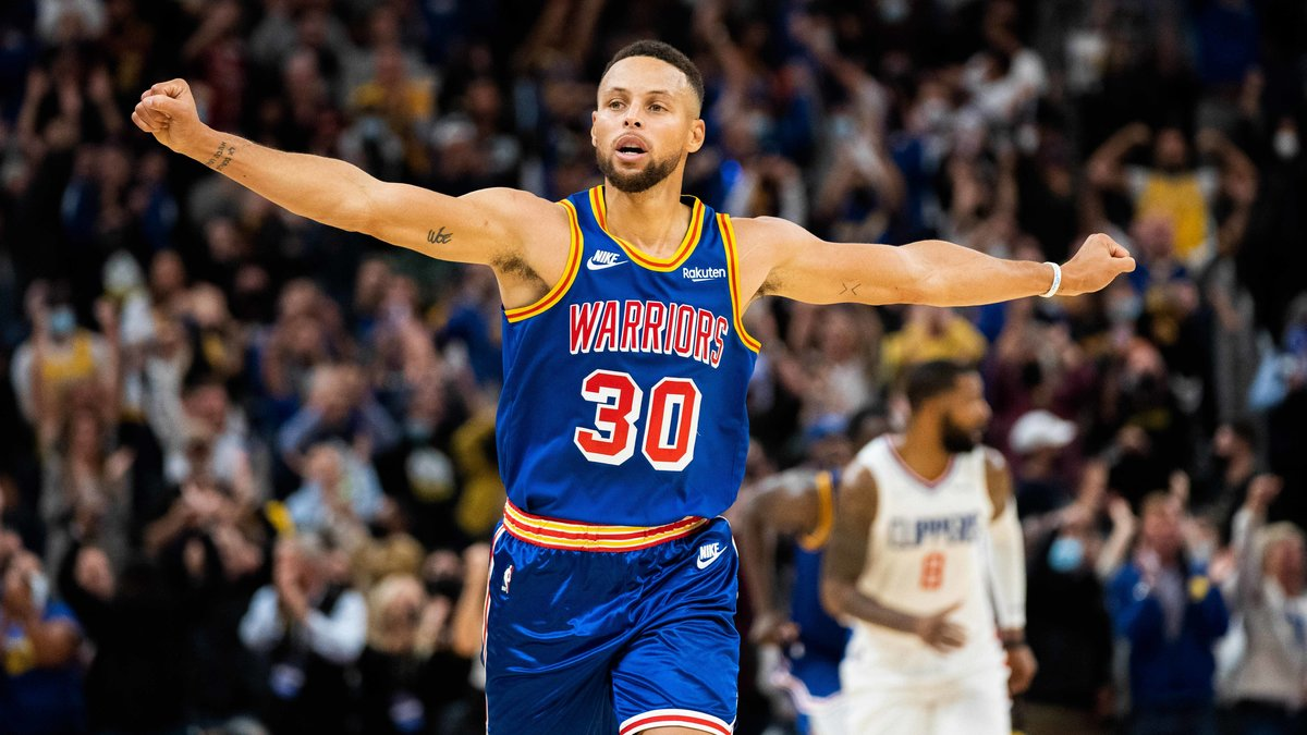 Basket - NBA : Steve Kerr s'enflamme après la performance XXL de Stephen Curry !